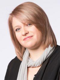 Stephanie Curth